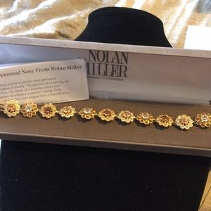 NIB:Nolan Miller crystal flower bracelet